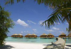 Veligandu Island Resort and Spa, North Ari Atoll // Article: Most Romantic Hotels To Honeymoon Romantic Beach Getaways, Romantic Resorts, Romantic Honeymoon, Romantic Places, Beautiful Places, Beautiful Hotels, Maldives Honeymoon Package, Honeymoon Destinations, Honeymoon Planning
