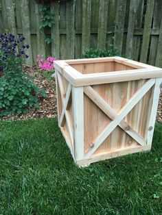Cedar planter box/Planter/Wood planter/Cedar by Rustiek on Etsy