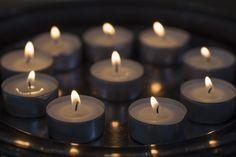 Kerzenlicht fotografieren, Tag 4 beim Adventskalender, Blog: heute macht der Himmel blau Tea Lights, Challenges, Tutorials, Candles, Diy, Cozy Christmas, Heaven, Advent Calendar, Blue