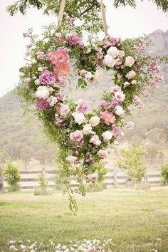 Goedemorgen! Ik vond dit een prachtige foto om deze dag mee te beginnen  Fijne dag vandaag! #trouwen #liefde
