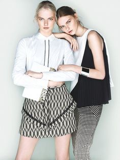 Photography Poses : Sisters Elza and Vera Luijendijk Front Cue S/S 2013 Campaign Fashion Poses, Fashion Shoot, Look Fashion, Editorial Fashion, Fashion Trends, Luxury Fashion, High Fashion Photography, Photography Poses, Photography Training