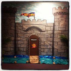 Resultado de imagen de castle decor for vbs Classroom Displays, Classroom Themes, School Decorations, Castle Decorations, Castles Topic, Castle Classroom, Castle Doors, Medieval Party, Medieval Castle