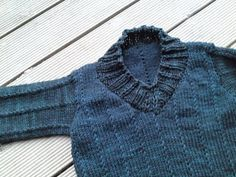 Ravelry: Byron 4 pattern by Tam Rankin