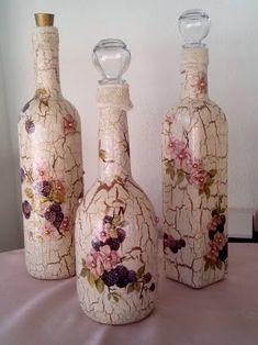 garrafa de vidro com decoupage de navio - Pesquisa Google Wine Bottle Art, Bottle Vase, Wine Bottle Crafts, Glass Bottles, Lace Mason Jars, Decoupage Printables, Wine Wall, Bottle Painting, Mothers Day Crafts