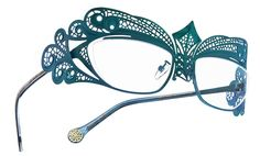 BOZ Usha Eyeglasses - This frame is inspired by  a dragonfl. Better as eyeglasses or sunglass, or perhaps with transitions so it can do both?