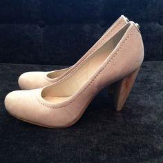 Brazilian Jorge Bischoff Nude Pumps Perfect Nude Pumps Brazilian size 35 but 36.5 American Jorge Bischoff Shoes Heels