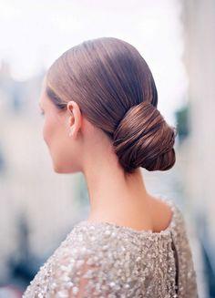 elegant updo - wedding inspiration - glamorous parisian style | le secret d audrey