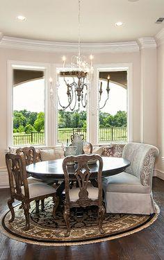 love this kitchen dining set