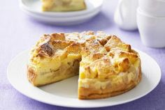 Apple cake - Steve Brown Photography/Photolibrary/Getty Images