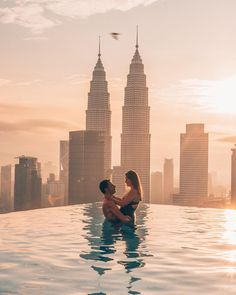 One of the best moments of our lives 💫 Last week we stayed in this famous building with the rooftop pool but not in the expensive hotel but… Kuala Lumpur Travel, Kuala Lampur, Malaysia Travel Guide, Dubai, Destinations, Famous Buildings, Rooftop Pool, Destination Voyage, Travel Couple
