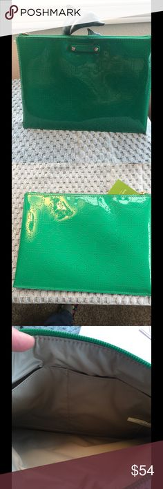 NWT Kate Spade emerald pouch lg Beautiful KS green pouch clutch  9.5 x 7 x .5 kate spade Bags Clutches & Wristlets
