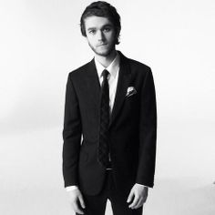 oh sweet baby jesus... zedd in a tuxedo, i dont know i just i dont know.