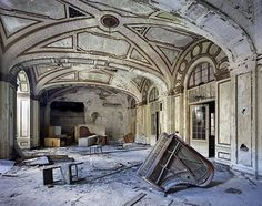 Yves Marchand and Romain Meffre, Ruins of Detroit: The ballroom of the 15-floor art-deco Lee Plaza Hotel