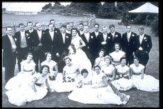 THE KENNEDYS AT HAMMERSMITH FARM. Wedding ....Date....12-9-1953 ....So Beauty ......   ❤❤❤         http://en.wikipedia.org/wiki/Wedding_dress_of_Jacqueline_Bouvier