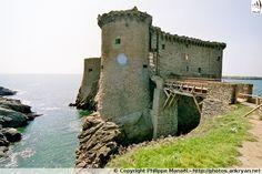 Le Vieux-Château de l'île d'Yeu, construit en 1356 en remplacement d'un château du XIe siècle (en bois). Vendée
