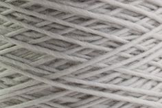 Yomo - 471 Snow Gray - Ito - fine yarn from Japan (Wolle & Design - kreatives Stricken)