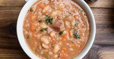 Slow Cooker Ham & White Beans :http://recipes4slowcooker.com/slow-cooker-ham-white-beans/