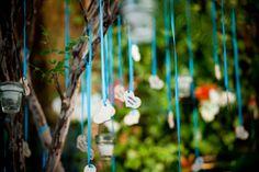 Dicas criativas para festas de casamento: http://casadefilo.wordpress.com/2012/03/26/decoracao-de-amor/