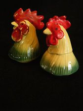 Vintage Art Pottery Chicken & Rooster Salt and Pepper Shakers Kitchenware Retro