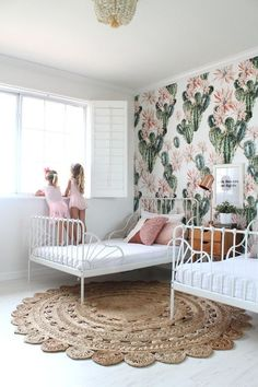 Cactus inspired shared room for sisters | cactus themed kids room in blush pink, green and natural #kidsroom #kidsroomideas