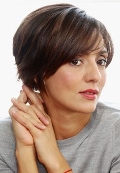 20 Flattering Bob Cuts for Every Face Shape: Ambra Angiolini's Shag/Bob