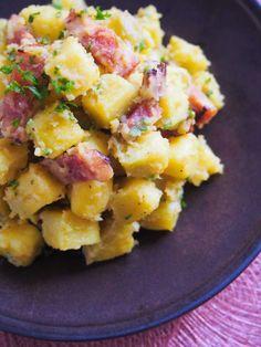 甘い野菜でおつまみを!「ベーコンとさつまいものサラダ」のレシピ