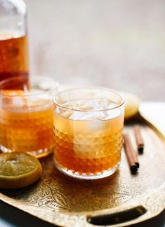 Cinnamon Maple Whiskey Sour Recipe—it's full of bourbon and fresh lemon, sweetened with maple syrup and includes a hint of cinnamon (spice is optional). Sour Cocktail, Cocktail Drinks, Cocktail Recipes, Alcoholic Drinks, Beverages, Cocktail Shaker, Cocktail Glassware, Cocktail Ideas, Whiskey Sour