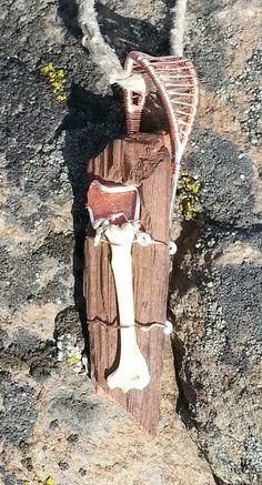 Post apocilyptic jewelry (Sunstone axe)