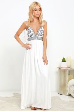 Dress ($59 at Lulu's) http://www.hercampus.com/style/our-24-top-picks-lulus-vacation-collection