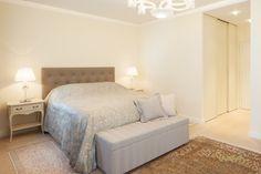 #royalinterior #royalbedroom #royaldesign Royal Bedroom, Royal Design, Interior Design Studio, Luxury Living, Elegant, Furniture, Home Decor, Indirect Lighting, Remodels