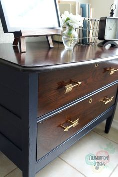 A few weeks ago, I had posted a photo on Instagram showing the skeleton of a dresser being cleaned up for it's makeover. Now it's time tor...