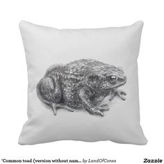'Common toad (version without name above)' Throw Pillow