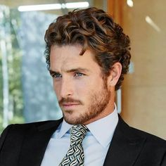 New haircut curly hair men style Ideas Curly Hair Cuts, Medium Hair Cuts, Medium Hair Styles, Curly Hair Styles, Men With Curly Hair, Medium Curly, Faded Beard Styles, Hair And Beard Styles, Groom Hair Styles