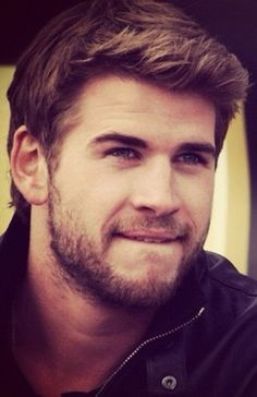 Liam Hemsworth, all lovely and beardy