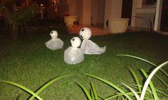 e-dani: DECORAÇÃO DE HALLOWEEN + PASSO A PASSO PARA FAZER FANTASMINHAS DE JARDIM HALLOWEEN http://e-dani.blogspot.com.br/2015/10/decoracao-de-halloween-passo-passo-para.html