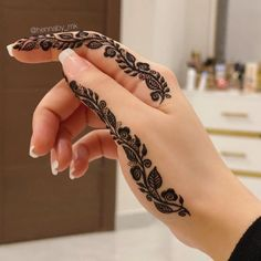 Pretty Henna Designs, Modern Henna Designs, Latest Henna Designs, Finger Henna Designs, Full Hand Mehndi Designs, Mehndi Designs 2018, Mehndi Designs Book, Mehndi Designs For Beginners, Mehndi Design Photos