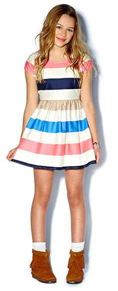 #IWANT that dress! Looks so cute when you combine it with midi boots! And i wuffy that colorful stripes pattern it makes the dress look so flawless