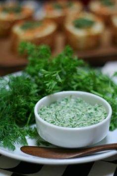 ディルとパセリのエスカルゴバター風ハーブバター レシピ・作り方 by AKDENiZ|楽天レシピ