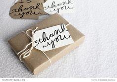 Etiquetas para regalos de agradecimiento (pide registro) >> Give Thanks - Thank You Tags   {Printables}   The Pretty Blog