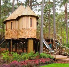 Treehouses, Tiny House Living, Travel Deals, Craftsman, Gazebo, Cottage, The Incredibles, Outdoor Structures, Cabin