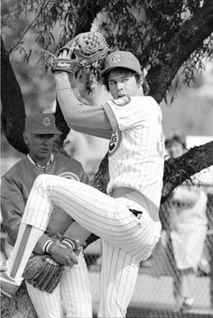 A VERY young Greg Maddux... 1987!