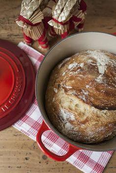Pane senza impasto (no-knead bread)