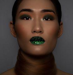 Beauty shoot, beauty photography Beauty Shoot, Beauty Photography, Septum Ring, Gems, Gemstones, Rhinestones, Emerald
