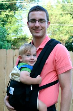 Tales from a #babywearing, chiropractor dad | ergobaby blog | #happyparentinghappybaby