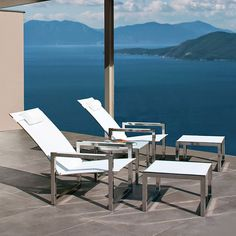 Royal Botania, Modern, Reclining, Outdoor, Lounge, Chair - HomeInfatuation.com.