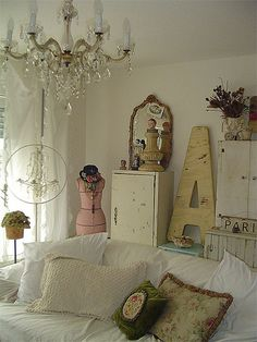Vintage Sue's home (Junkin' Lady blog)  This. Yes, this is so me. Although, I would add a few bleached skulls to the collection.