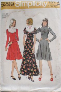 Vintage 1970's Sewing Pattern  Flared Dress In Two by Shelleyville, $8.00