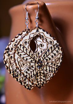"Wooden Earrings ""Maltese Lace"""