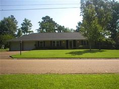 3 Bedrooms, 2 Full Bathrooms, 1,990 Sq Ft., Price: $140,900, #: 277205