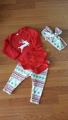 Reindeer Christmas outfit set - baby Christmas outfit - Christmas - baby girl - baby gift - baby shower - holiday - reindeer by GMHairGoodies on Etsy Girls Christmas Outfits, Baby Christmas Gifts, Reindeer Christmas, 1st Christmas, December Baby, Baby In Snow, Cute Little Baby, Stylish Baby, Baby Sister